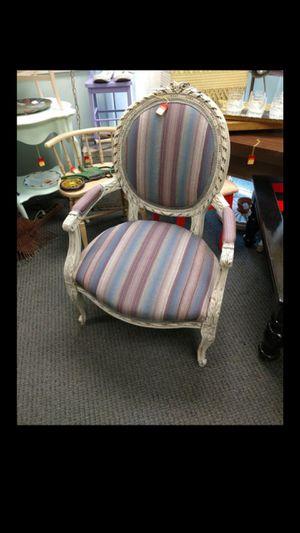 Vintage chair for Sale in Phoenix, AZ