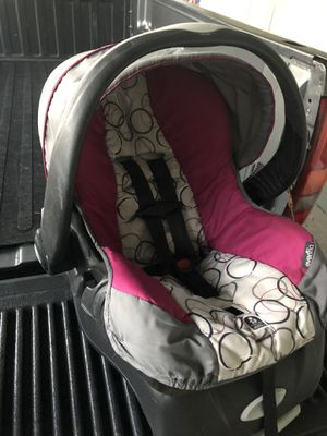 Infant car seat for Sale in Port St. Lucie, FL