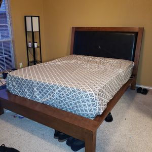 Solid wood queen bed frame. for Sale in Oklahoma City, OK
