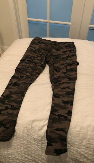 H&M Camo Skinny Fit pants for Sale in Aventura, FL