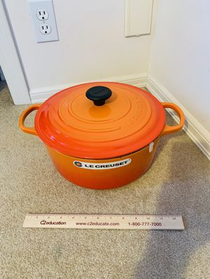 Le Creuset new #26 or #30 flame for Sale in Bellevue, WA