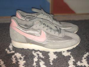 VTG Nike women's shoes for Sale in Seattle, WA