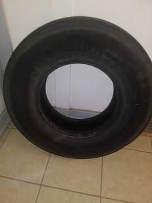 Hurcules 235/85R16 trailer tire for Sale in Bartow, FL