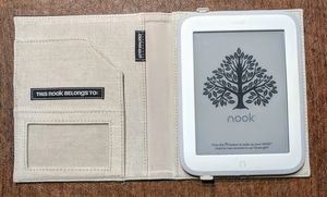 Barnes & Noble Nook Glowlight, Cover for Sale in St Louis, MO