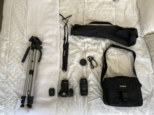 Canon EOS Rebel T6 SLR Camera Bundle With TWO LENSES for Sale in West Los Angeles, CA