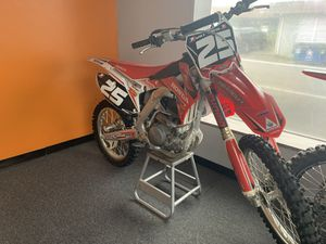 2014 CRF250R *Low Hours* for Sale in St. Louis, MO