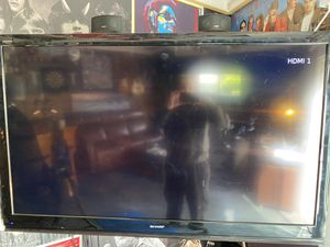 Sharp 60 inch flatscreen LCD TV for Sale in Torrance, CA