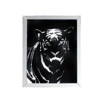 MIRROR FRAMED TIGER WALL DECOR for Sale in Las Vegas, NV