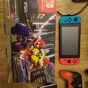 NINTENDO SWITCH + games and controllers for Sale in Laveen Village, AZ