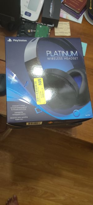 Playstation platinum wireless headset for Sale in Houston, TX
