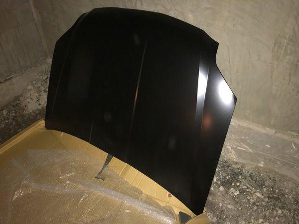 09-12 Mitsubishi Galant hood