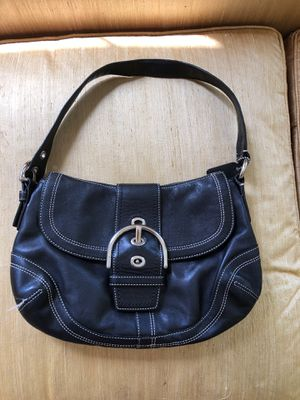 COACH leather hobo for Sale in Sudbury, MA