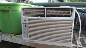 Frigidaire window AC unit for Sale in Corona, CA