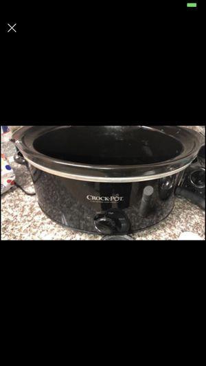 Betty Crocker 3 qt crock pot for Sale in Friendswood, TX