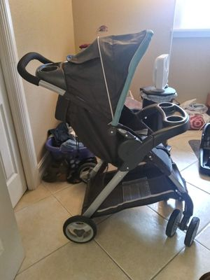Graco Click-N-Go Car Seat/Base & Stroller for Sale in NO FORT MYERS, FL