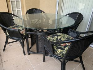 Patio table for Sale in Land O Lakes, FL
