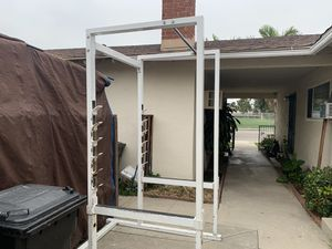 Squat rack with pull up bar for Sale in Fullerton, CA