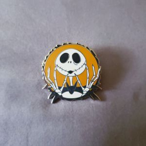 """Disney Trading Pin """"Nightmare before Christmas"""" for Sale in Winter Springs, FL"""