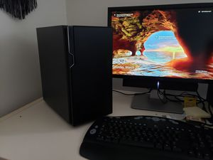 Computer with monitor for Sale in Oxford, IA