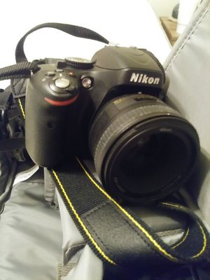 Nikon D5100 with lenses and bag for Sale in Kingsport, TN