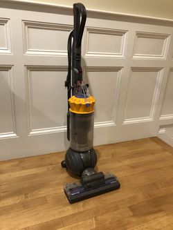 Dyson Ball MultiFloor Vacuum for Sale in Boston,  MA