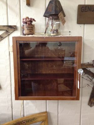 Antique cabinet for Sale in Columbus, OH