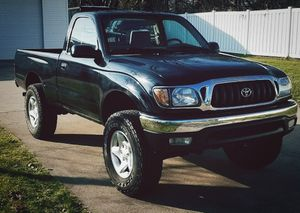 It is 4 Cyl with Automatic transmission TOYOTA TACOMA 2001 for Sale in Worcester, MA