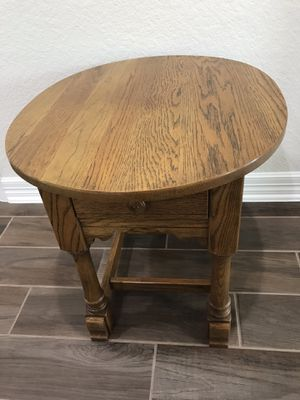 Solid wood end table for Sale in Katy, TX