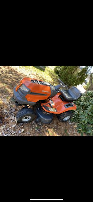 HUSQVARNA SNOWBLOWER AND LAWN TRACTOR for Sale in Providence, RI