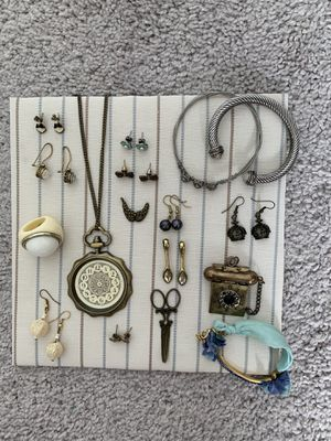 Jewelries for Sale in Lakewood, CO