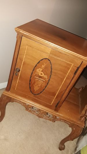 Antique Humidor Cigar Cabinet for Sale in Hilliard, OH