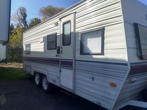 Selling a 1990 22 ft Terry resort travel trailer for Sale in Portland, OR