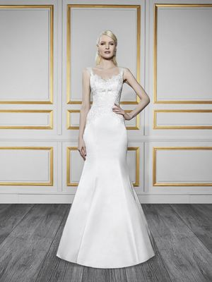 New Moonlight Tango Wedding Dress - Style T723, White, Size 12 for Sale in Denver, CO