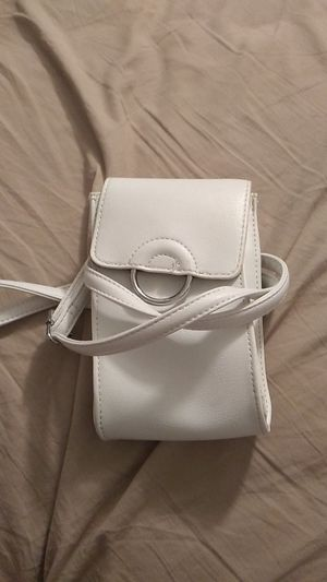 White, phone purse for Sale in Lauderdale Lakes, FL