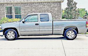 ֆ12OO 4WD CHEVY SILVERADO 4WD for Sale in Fort Branch, IN