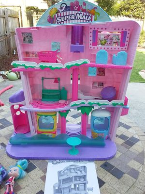 Shopkins Doll house mall for Sale in Philadelphia, PA