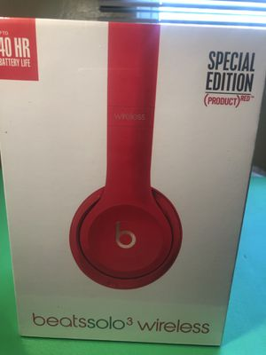 Red & Gold Solo 3.0 Dre Beats Brand New for Sale in St. Petersburg, FL
