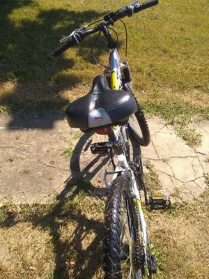 25in mountain bike for Sale in Roanoke, VA