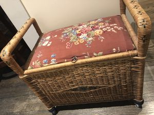 Vintage wicker storage bench for Sale in Arlington, VA