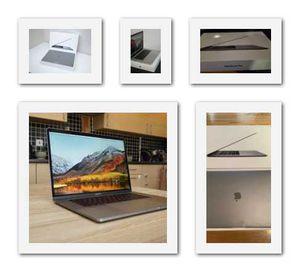 2018//MacBook///16GB//Grey for Sale in Houston, TX