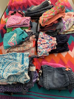 EDMONDS Girls clothes 2t-6t (by year in piles) sold by size or all for Sale in Edmonds, WA