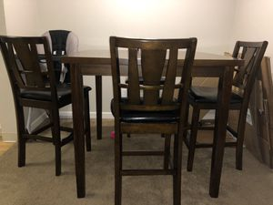 Dining Table and chairs for Sale in Bothell, WA