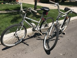 His and hers bikes for Sale in Grosse Pointe Farms, MI