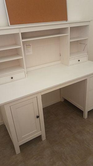 Ikea clean white desk with Hutch. for Sale in Irvine, CA