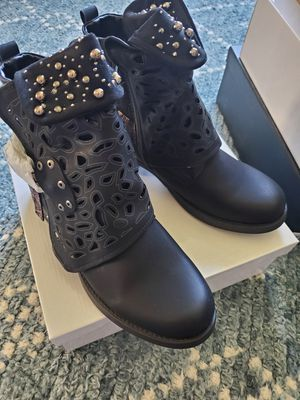 Women Motorcycle Boots Combat Ankle Combat Boots Size 40 EUR which is about 9.5 US These are brand new still in box for Sale in South Jordan, UT