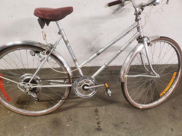 Ross vintage ladies bicycle.