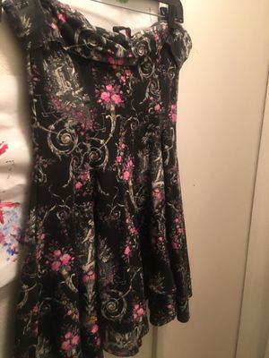 Betsy Johnson size (L) for Sale in Las Vegas, NV