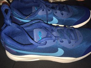 Nike running shoe with air cushion for Sale in Margate, FL