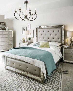 Brand new queen Ava 4pc mirrored bedroom set for Sale in San Jose, CA