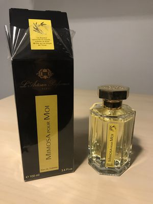 L'artisan Parfumeur Mimosa pour Moi, 3.4 oz/100 ml (perfume/ fragrance) for Sale in St. Louis, MO